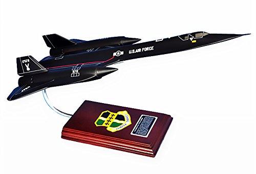 (Mastercraft Collection SR-71A Blackbird Model Scale: 1/63)