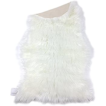 Amazon Com Faux Fur Sheepskin Rug White Furry Rugs For