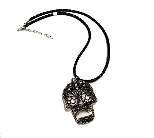 Ganz Halloween Jewelry Rhinestone Skull Necklace with Crystals ()