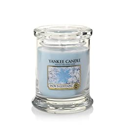 Yankee Candle Winter Wonderland(C) Collection (Snow Is Glistening(C)) Footed Tumbler Candle