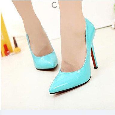 Los tacones altos para los zapatos clásicos de las mujeres señalaron los zapatos documentales finos seis colores White