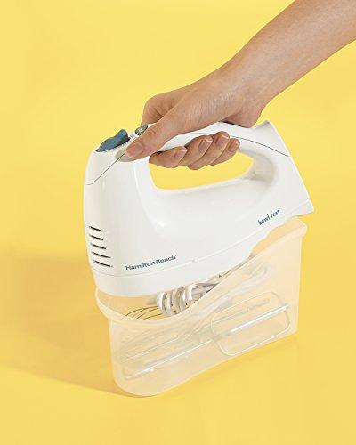 Hamilton Beach 62682RZ Hand Mixer with Snap-On Case, White seperate