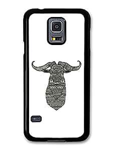 Funny Cute Aztec Goat Deer Illustration in Black and White carcasa de Samsung Galaxy S5 mini