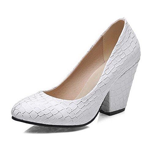 VogueZone009 Women's Blend Materials Round Closed Toe Spikes-Stilettos Solid Pumps-Shoes White