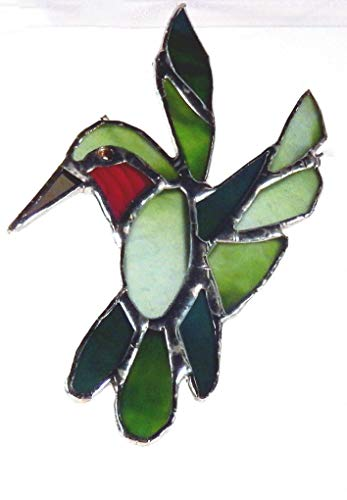 - Green, Red, Hummingbird. Beautiful Shades of Green and red Artglass used, Suncatcher