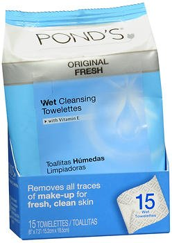 Ponds MoistureClean Towelettes, Original Fresh Makeup Remover Wipes with Vitamin E 15 ea (Pack