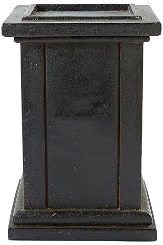 Roman Pedestal, 31