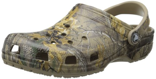 crocs Men's Classic Realtree Xtra Clog, Khaki, 10 US Men / 12 US Women (Red Croc Pattern)