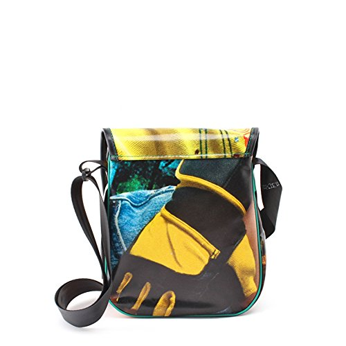 8bag LKW-Plane Tasche Upcycling, Handmade, Unikat, Einzigartigkeit und Umweltschutz