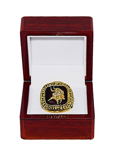 MINNESOTA VIKINGS (Chuck Foreman) 1973 NFC WORLD CHAMPIONS (Super Bowl VIII) Vintage Rare & Collectible Replica National Football League Gold NFL Championship Ring with Cherrywood Display Box