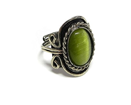 Cat Eye Gemstone Ring (Small Oval Cat's Eye Gemstone Ring (Lime Green))