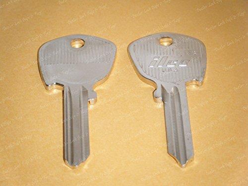 (One ILCO Key Blank For Jaguar XJS XJ Ignition Key Blank 1976 1977 1978 1979 1980 1981 1982 1983 1984 1985 1986 1987)