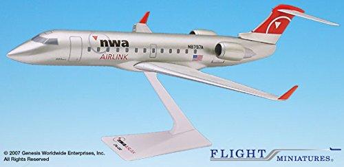 Flight Miniatures Northwest Airlines NWA Pinnacle Bombardier CRJ200 1:200 Scale Display Models