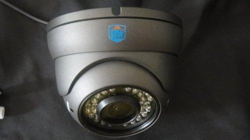 BW® 700TVL 1/3'' Sony CCD 2.0 Mega Varifocal Zoom CCTV Surveillance Camera with OSD Menu Night Vision Infrared to 180 Feet by BW (Image #3)