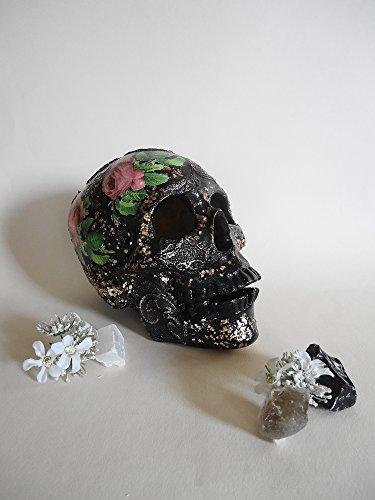 Sugar Skull, Handmade Sugar Skulls, Biscuit ceramics Skull, Roses, lace and golden metal particles, Hand made decoration, Skull (Lace Biscuit)