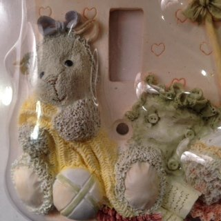 2-GANG Friends Forever Wall Decorative SWITCHPLATE Handpainted Ceramic Kitten /& Lamb Figurines
