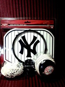 Softee Hoop Set - New York Yankees Mini Softee Hoop Set