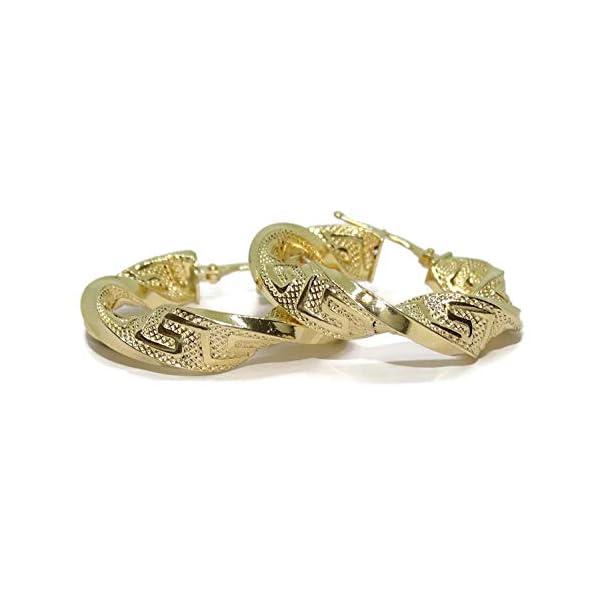 Pendientes de aro de oro amarillo de 18K enroscados y con greca muy vistosos. cierre fácil»click» peso; 4.45g de oro de 18k 6mm de anchos por 3.00cm de diámetro exterior. Pendientes de aro de oro amarillo de 18K enroscados y con greca muy vistosos. cierre fácil»click» peso; 4.45g de oro de 18k 6mm de anchos por 3.00cm de diámetro exterior. Pendientes de aro de oro amarillo de 18K enroscados y con greca muy vistosos. cierre fácil»click» peso; 4.45g de oro de 18k 6mm de anchos por 3.00cm de diámetro exterior.