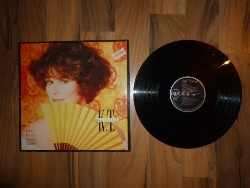 K T Oslin - Love In A Small Town. VINYL LP (1990). VG+/VG+