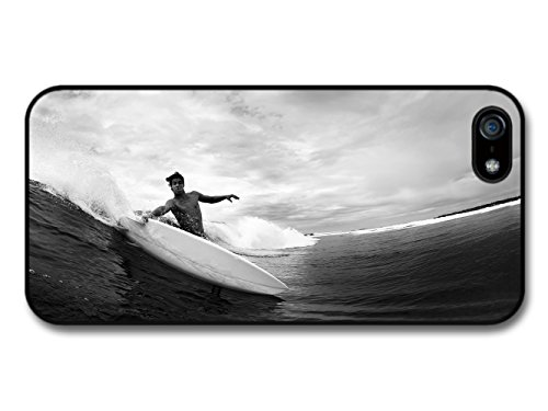 Surfer in Cool New Black and White Photography Style coque pour iPhone 5 5S