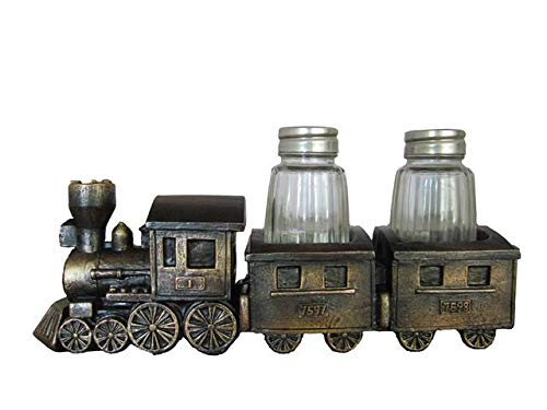 train salt and pepper shakers - 3