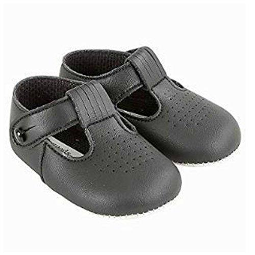 Niños bebés Zapatos T Bar cochecito con patrón de agujeros de corte - Hecho en Inglaterra por primeros días Baypods negro