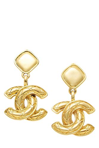 CHANEL Gold Quilted 'CC' Clip On Earrings (Pre-Owned)