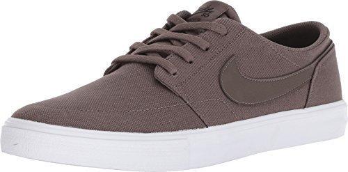 Nike SB Solarsoft Portmore II Men's Skateboarding Shoe ()