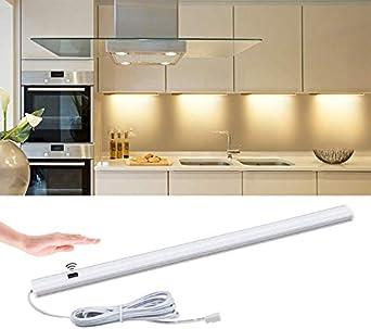Barrido manual Sensor de movimiento Led debajo de la luz del gabinete 12V Sensor Barra de luz del dormitorio Dormitorio de la cocina Armario Armario Luz nocturna 30Cmplug en la pared: Amazon.es: