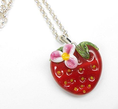 handgefertigter Anhänger aus Glas Erdbeere, mit Blüte und 925 Silber