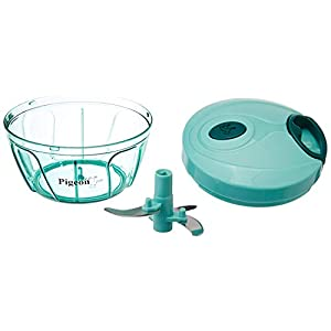 Pigeon by Stoverkraft Handy Mini Plastic Chopper with 3 Blades, Green