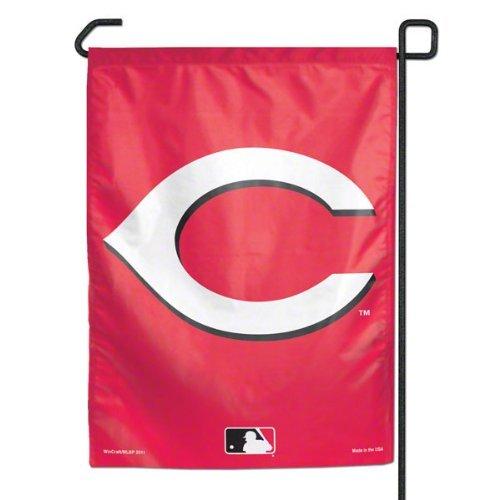 MLB Cincinnati Reds Garden Flag ()