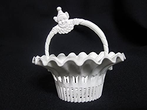 Whole Lot of 3600 pc. of White Vintage Party or Nut BasketClown Handle