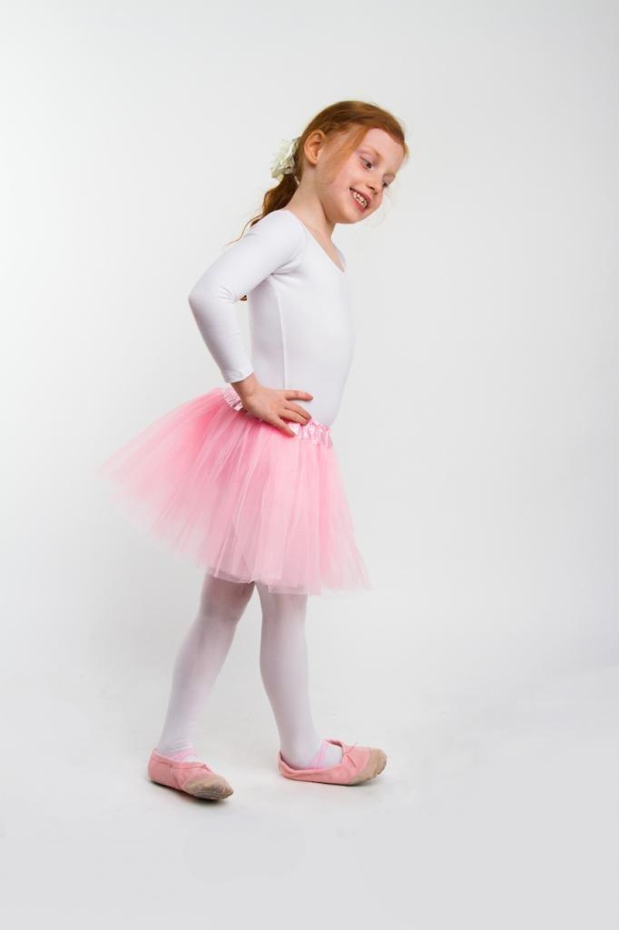 5089a73433 Falda de tul Lily para niñas - Tutú Enagua Falda de Ballet - en varios  colores