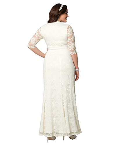 40cff69fb6a Kiyonna Women s Plus Size Amour Lace Wedding Gown 2X Ivory by Kiyonna  Clothing (Image