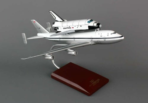 Executive Series Display Models E80200 B-747 With Shuttle 1-200 Endeavor by Executive Series Display Models