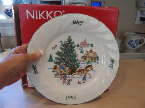 NIKKO HAPPY HOLIDAYS 1995 DINNER PLATE