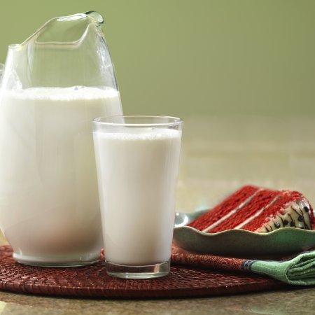 Augason Farms Morning Moo's Low Fat Milk Alternative Certified Gluten Free Emergency Bulk Food Storage 4-Gallon Pail 533 Servings by Augason Farms (Image #4)