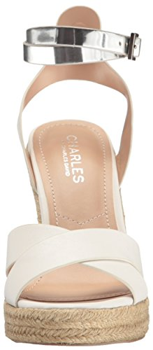 Charles By Charles David Mujeres Brit Wedge Sandal Blanco / Plateado