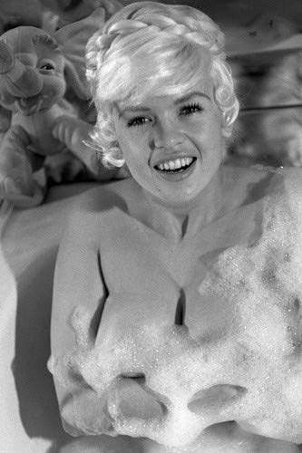 Jayne Mansfield smiling bubble bath suds over chest in bath tub pin up 11x17 Mini Poster