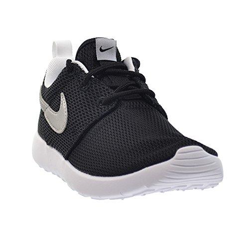 c83a5f23f1b6 ... Amazon.com NIKE Roshe One Preschool Kids Shoes Black Metallic Silver-White  749427- ...