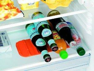 Kühlschrank Flaschenhalter : Flaschenhalter für kühlschrank mit glas gitterregale rutschstopp