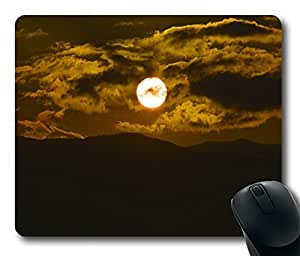 Design Alien Sun 2 Mouse Pad Desktop Laptop Mousepads Comfortable Office Mouse Pad Mat Cute Gaming Mouse Pad by mcsharks