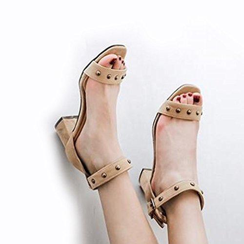 Easemax Féminin À La Mode Faux Suède Rivets À Bout Ouvert Cheville Boucle Sangle Mi Chunky Talon Sandales Beige