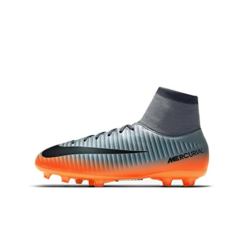 Nike Youth Mercurial Victory Cleats