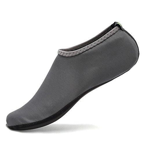 CIOR 3. Verbesserte Version Durable Sohle Barfuß Wasser Haut Schuhe Aqua Socken für Beach Pool Sand Schwimmen Surf Yoga Wassergymnastik Grau