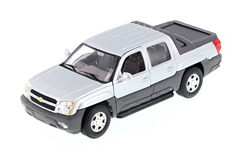 2002 Chevy Avalanche Pick Up Truck, Silver - Welly 22094 - 1/24 Scale Diecast Model Toy Car (Brand New but NO BOX)