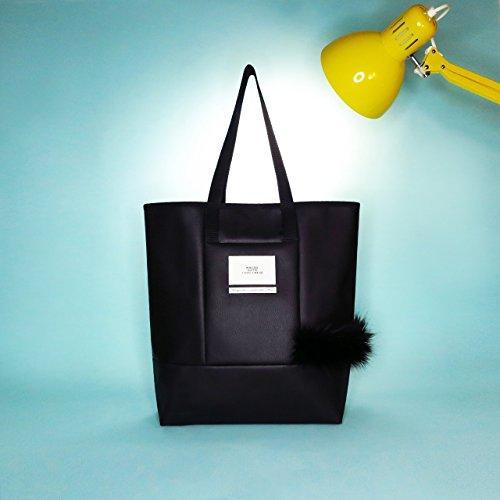Vegan Black Leather Cabas Tote Bag with Black Faux Fox Fur