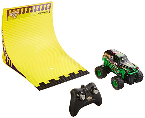 New Bright R/C F/F 4x4 Monster Jam Grave Digger with 360 Flip Ramp Set (1:43 Scale), Black (Digger With Remote Control)