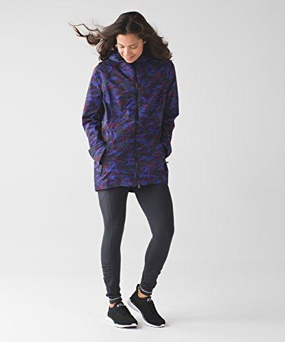 lululemon-hounds-camo-emperor-blue-black-rain-for-daze-jacket-ii-size-6